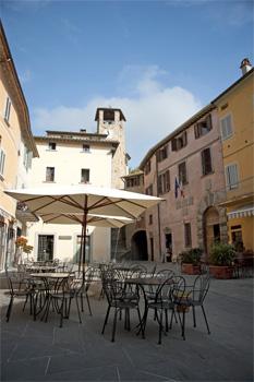 piazza fortebraccio Montonein