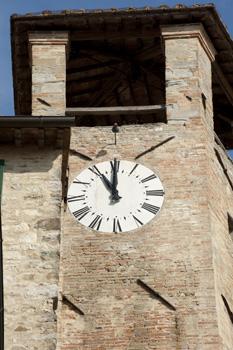 orologio torre civica Montonein